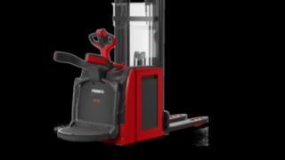 Les doubles-gerbeurs électriquesD12–D14AP de Fenwick garantissent flexibilité et sécurité.