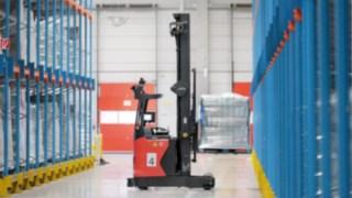 Le nouveau chariot à mât rétractable automatisé R-MATIC