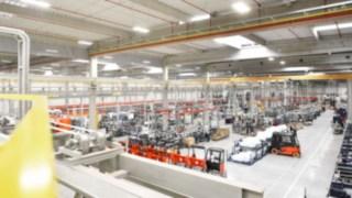Halle de production Fenwick-Linde.