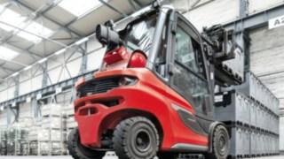 Un chariot élévateur qui établit de nouvelles références: Le chariot élévateur diesel FenwickH20-H35 en application dans un entrepôt